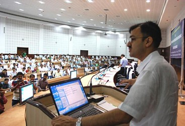 Ashutosh Jindal addressing orientation workshop for DDOs organised by UD and Tourism Dept. TIWN Pic July22