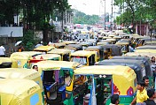 Auto fares hiked by 100 per cent: Govt indifferent to HC directions
