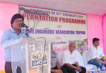 Minister Naresh Jamatia speaking in a programme organized by State Engineers Association. TIWN Pic Sept 14