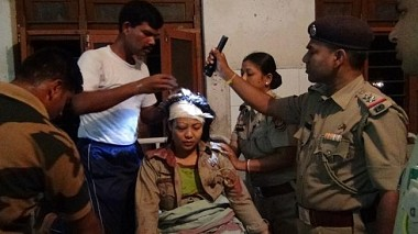 Kailashahar: Seven including 2 police personnel critically injured as smugglers attacked police in Debipur village