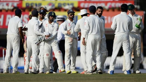 Handscomb, Marsh help Australia draw third Test vs India