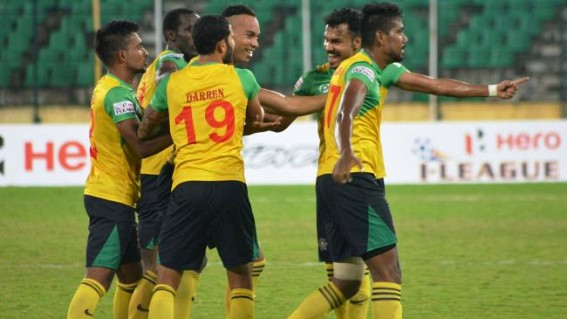 East Bengal fans' turnout at training thrills coach