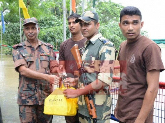 Ahead of Bharat's 71st Independence Day, BSF/ BGB exchange sweets
