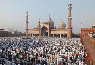 Muslims in Southeast Asia mark end of Ramadan