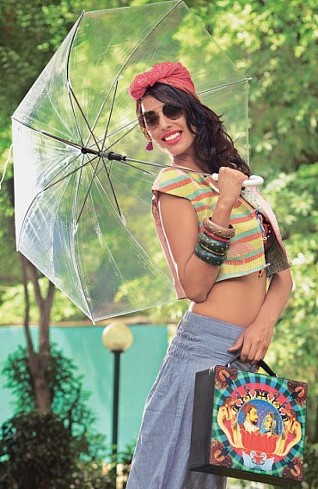 Dont restrict your fashion goals in monsoon