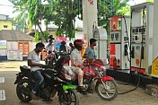 Petrol price fuels at Rs. 78.96 on Tuesday