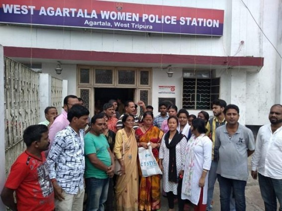 Housewife missing since 11 days, Congress gherao police station