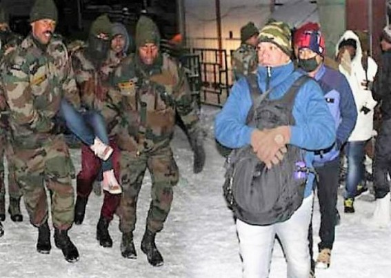 Army rescues 2,500 stranded tourists in Sikkim