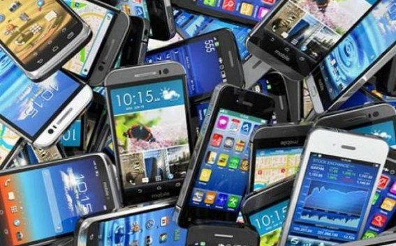 BJP's pre-election promise of 'SMART Phones for all youths' delays, irks resentments