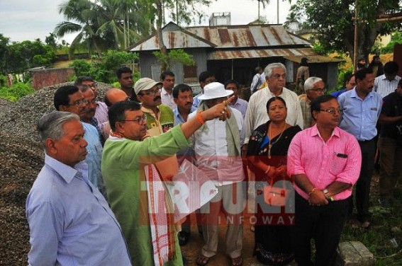 Law Minister visits Old Jail with BJP leaders