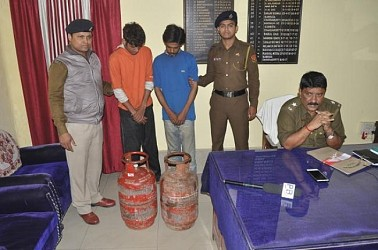 Cooking gas cylinder robbers arrested by West Agartala Police Station. TIWN Pic Dec 12