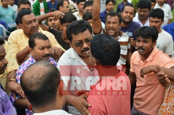 Mafia led money extortion at Nagerjala bus stand : Bus drivers in protest