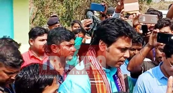 Tripura CM suspends four Govt employees on spot