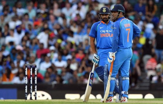 Would be happy if Dhoni bats at four: Rohit