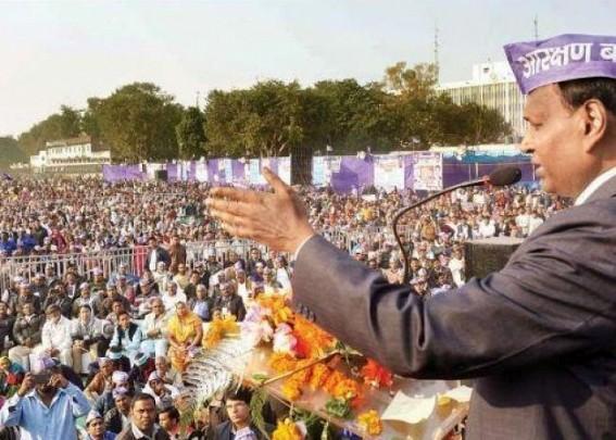 BJP dumps Udit Raj, names Hans Raj
