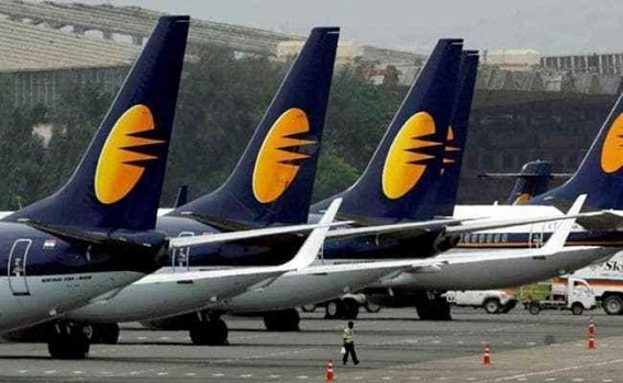 Jet employees approach Rajnath Singh to revive airline