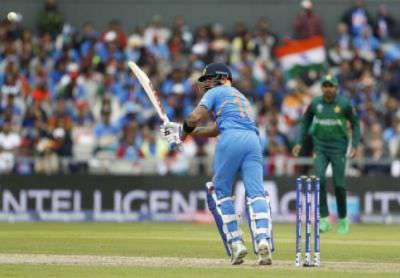 Kohli wins hearts in Pakistan with sportsmanship