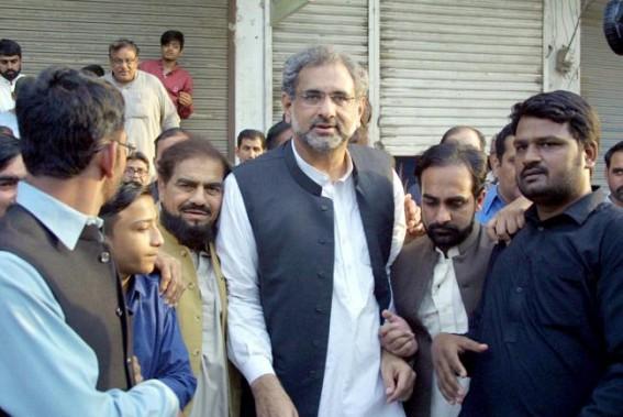 NAB arrests ex-Pakistan PM Shahid Khaqan Abbasi