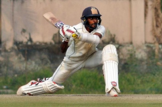 Easwaran named Bengal's cricketer of the year