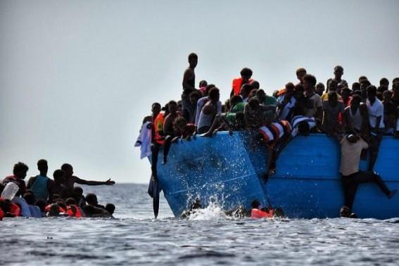 100 migrants rescued off western Libyan coast
