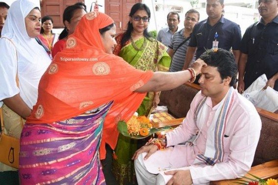 Raksha Bandhan in Tripura marks brotherhood, unity among all religions