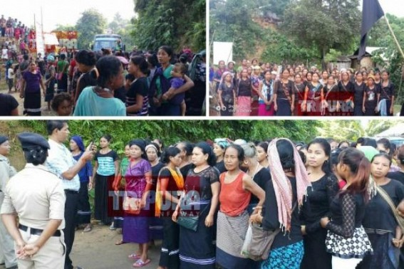 Massive protest staged by Bru Community in Kanchanpur with black flags, stopped vehicles came to take Brus to Mizoram back