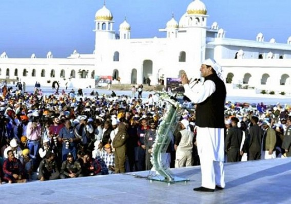 Pak Sikh community observes Guru Nanak's 550th birth anniversary