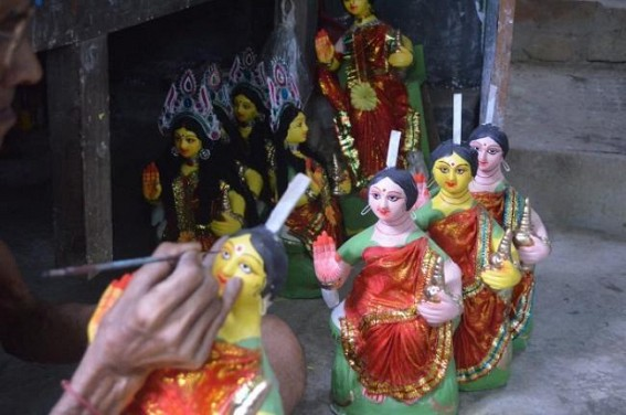 No Wealth to buy the 'Goddess of Wealth' : Laxmi idols' demands downed in 2019 puja markets