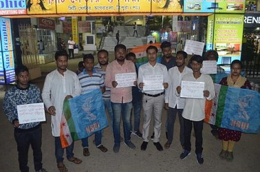 Tripura NSUI protests over Swami Vivekananda's statue vandalizing in JNU. TIWN Pic Nov 15