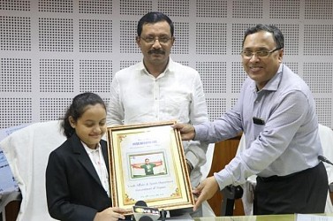 Sports Dept felicitates chess star Arshiya after her achievement. TIWN Pic July 15