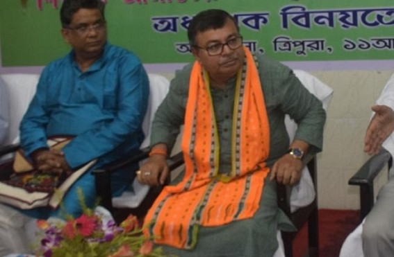 JUMLA 2019 : After alleging 'Teachers Crisis' to Tripura Public now Ratanlal says, 'Tripura's Teaching Employees are more than any State' : 14,000 vacancy-claim now Evaporating