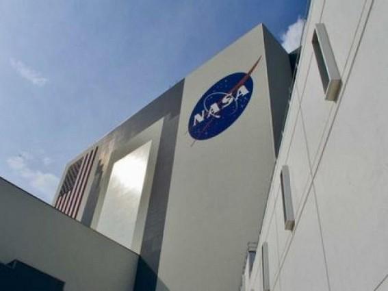 NASA building homes made of fungi for Moon, Mars