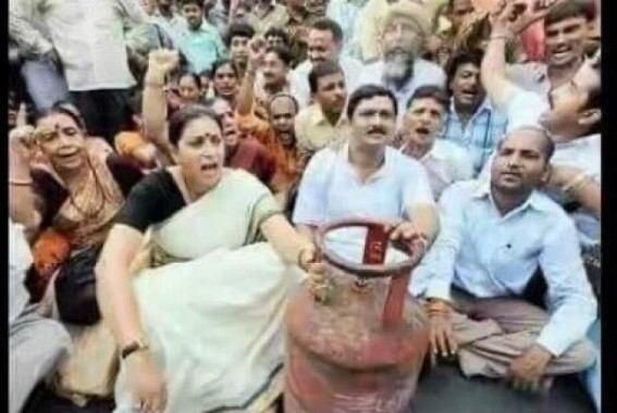 After LPG Price hikes, BJP's UPA era's protest photos go viral in social media