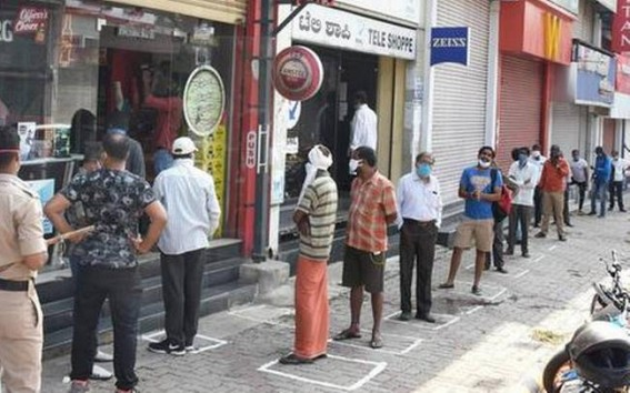 Total lockdown turns Karnataka into ghost state