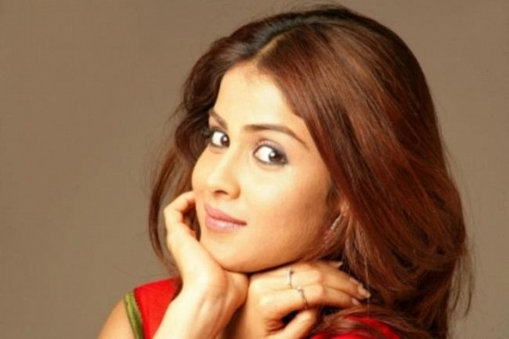 Genelia pens a birthday wish for her 'sonshine'
