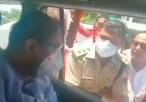 Maharashtra minister detained in UP