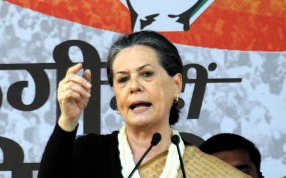 Sonia to chair meeting with Cong CMs, Mamata & Uddhav