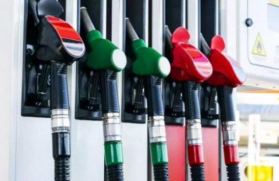 OMCs continue to hold petrol, diesel prices across metros
