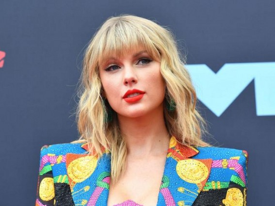 Taylor Swift's 'Folklore' is first album to sell a million copies in 2020 in US