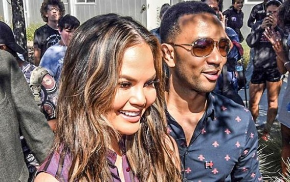 Chrissy Teigen deletes posts on noticing Hillary Clinton follows her on Twitter