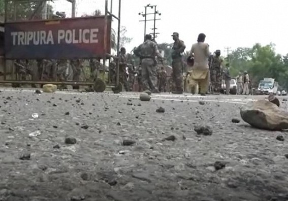 Total 36 injured, 1 died in Tripura Clash among Protesters and Police : Strike Withdrawn at Kanchanpur