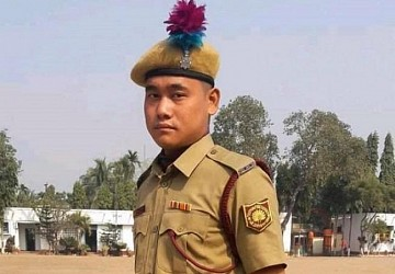 Today's viral photo of Martyr Biswajit Debbarma, the Fire Brigade Man who died amid Panisagar violence. TIWN Pic Nov 22