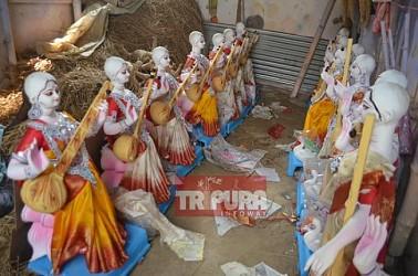 Artists busy to make Saraswati idols ahead of Saraswati Puja in Agartala. TIWN Pic Jan 27