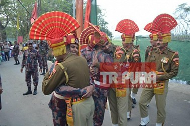 BSF-BGB exchanged loved, sweets on Indian Republic Day. TIWN Pic Jan 25