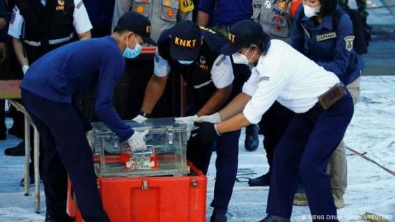 Black box of Indonesia's crashed plane retrieved