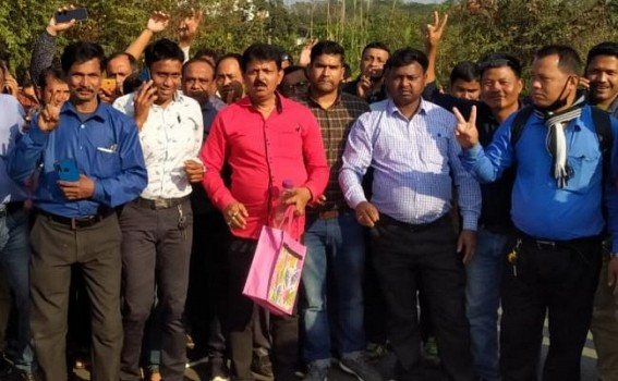 SSA teachers at Tripura High Court after case victory. TIWN Pic Feb 23