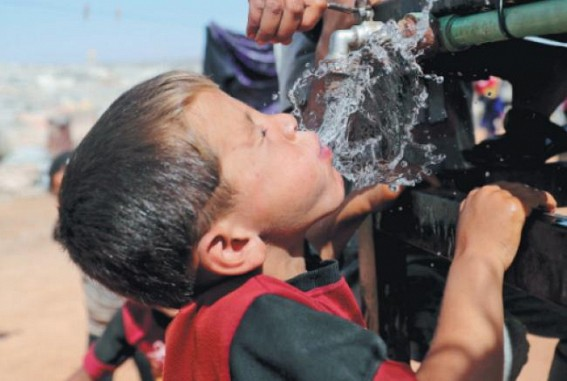 Turkey tightens control on refugees